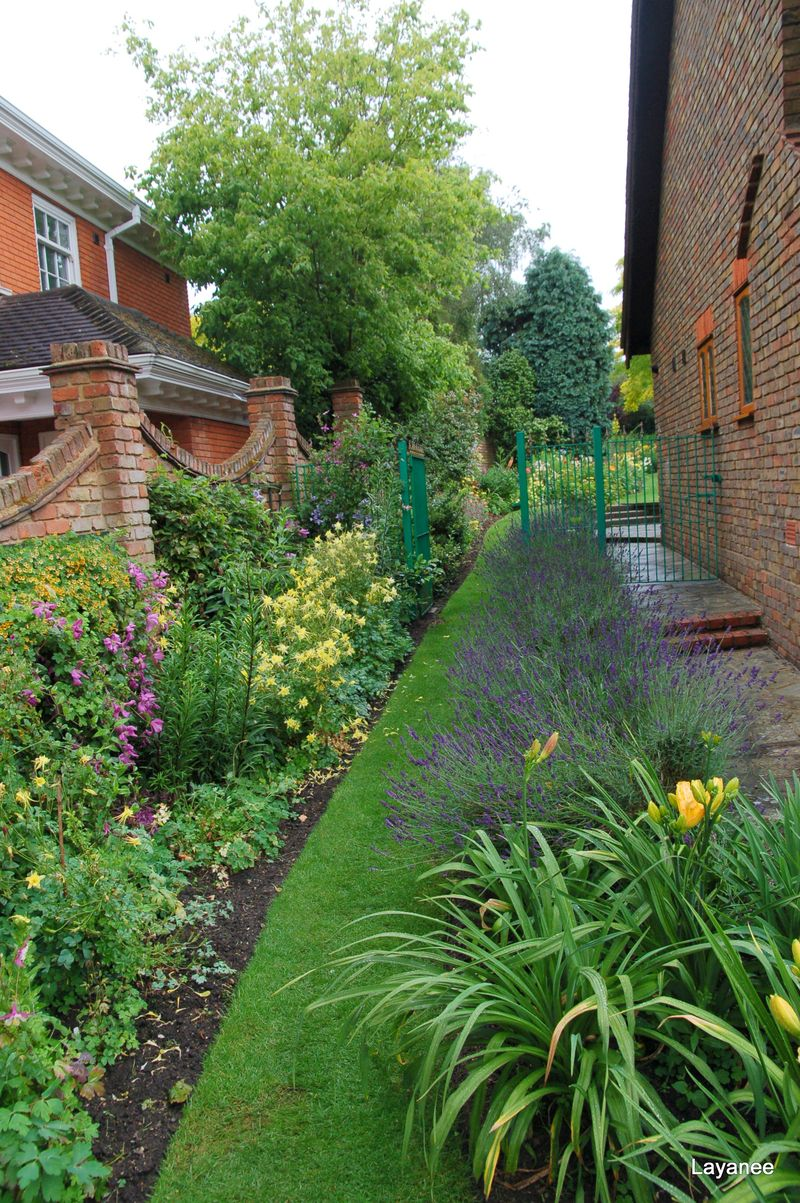 Side path at Orchard Cottage