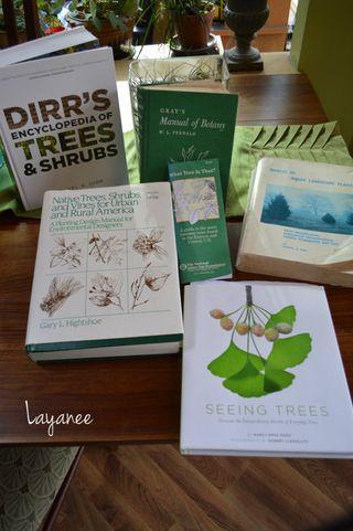 Books on Tree ID